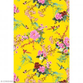 Décopatch N° 750 - Motif Fleurs et Oiseaux sur fond jaune - 1 feuille