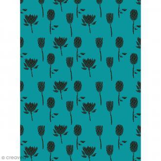 Décopatch N° 758 - Motif Fleurs Noires sur fond bleu vert - 1 feuille