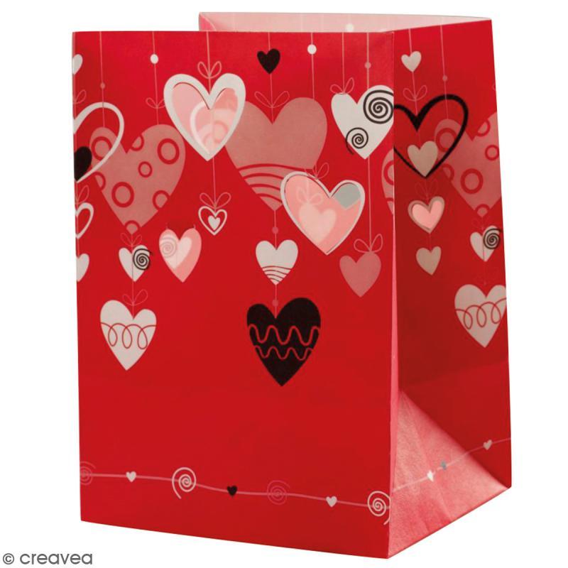lanterne en papier non inflammable coeurs suspendus rouge lanterne en papier creavea. Black Bedroom Furniture Sets. Home Design Ideas