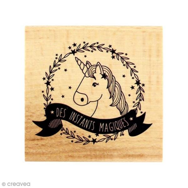 Tampon bois Licorne magique - 7 x 7 cm - Photo n°1