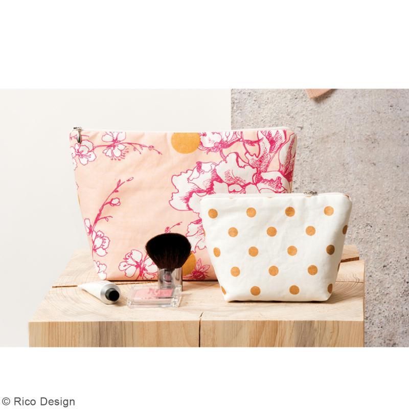 Tissu Rico - Toile de Jouy - Fleurs de Cerisier Roses - fond Poudré - Par 10 cm (sur mesure) - Photo n°4