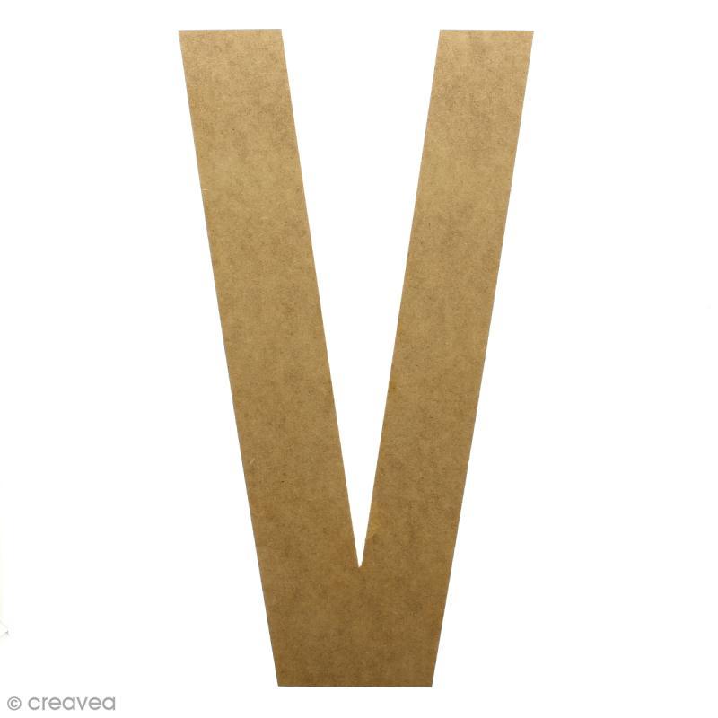 Lettre en bois géante 50 cm - V - Photo n°1