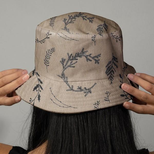 Tissu Rico - Couronnes noires - Fond naturel - Coton - Par 10 cm (sur mesure) - Photo n°2