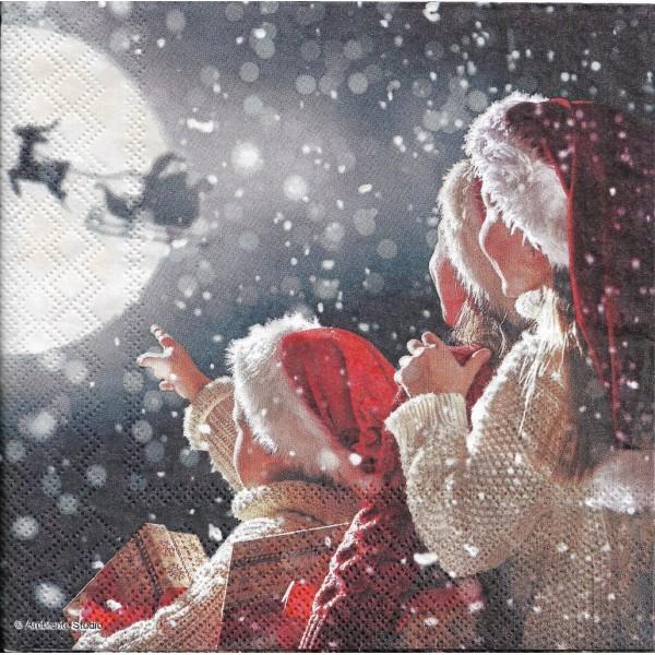 4 Serviettes en papier Père Noël dans le ciel Format Lunch Decoupage Decopatch 33313585 Ambiente - Photo n°1