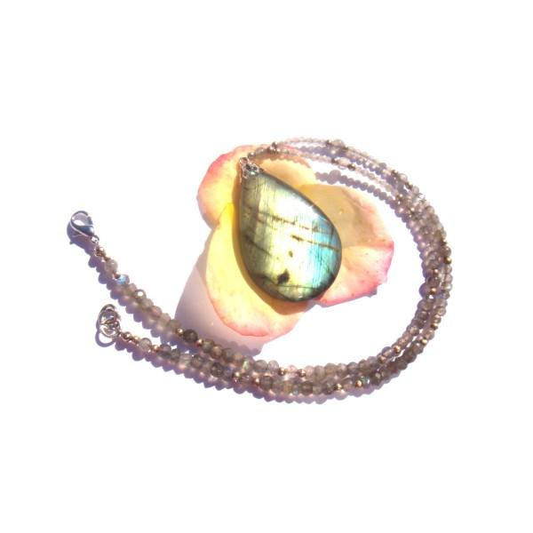 Collier pendentif et tour de cou en Labradorite multicolore 40 CM de tour de cou - Photo n°1