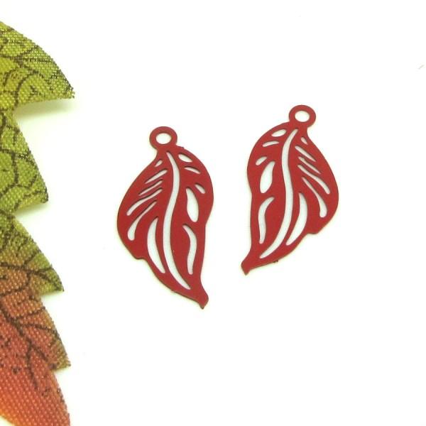 4  Breloques Métal Petite Feuille Rouge, Virevolte , 21*10 mm - Photo n°1