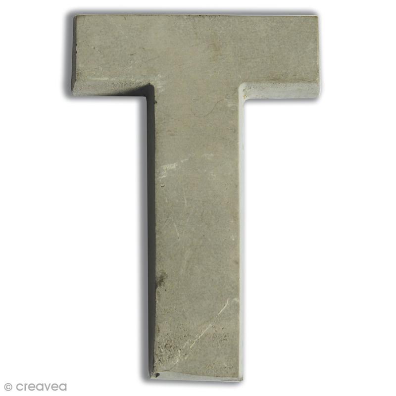 Lettre béton T - 7,5 cm - Photo n°1