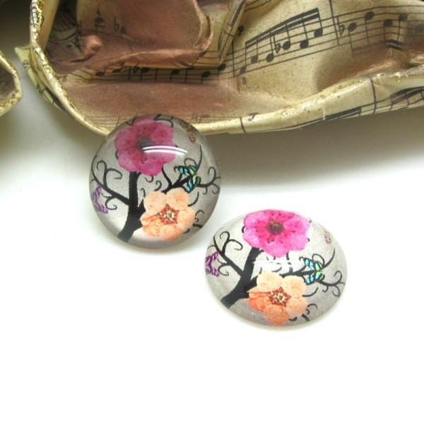 2 Cabochons ronds verre 10 mm, Fleurs Japon - Photo n°1