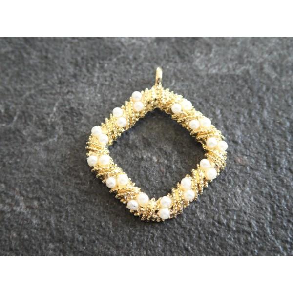 Breloque Pendentif losange torsadé avec perles blanches - 29*25mm - doré - Photo n°1