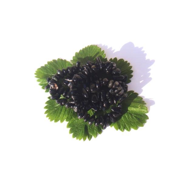 Mix Obsidienne Noire et Man Choï : 50 perles chips 6/9 MM de diamètre environ - Photo n°1
