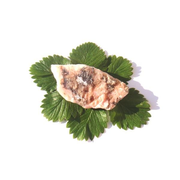 Pierre brute Opale Rose ( Pérou ) 7.5 CM x 3.7 CM x 1.2 CM de tranche environ - Photo n°1