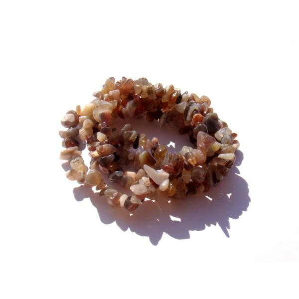Agate Botswana : 50 perles chips 5/8 MM de diamètre environ - Photo n°1