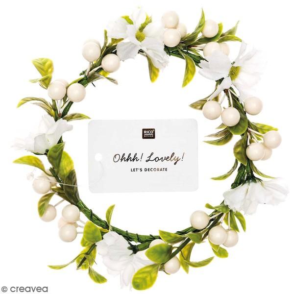 Couronne de fleurs artificielles - Fleurs et baies blanches - 10 cm - Photo n°1