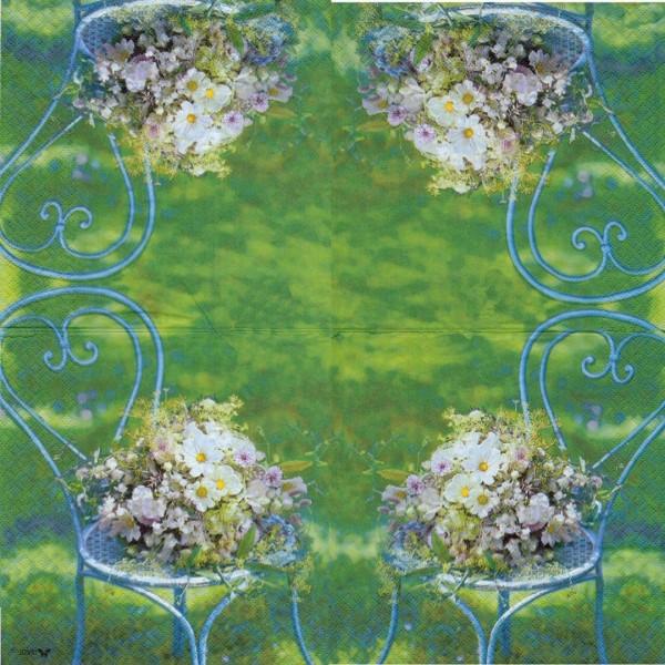 4 Serviettes en papier Chaise Bouquet de Fleurs Format Lunch Decoupage Decopatch S2273A Stewo - Photo n°1