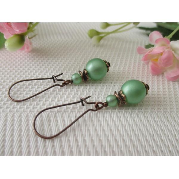 Kit de boucles d'oreilles apprêts cuivre et perles en verre verte claire - Photo n°2