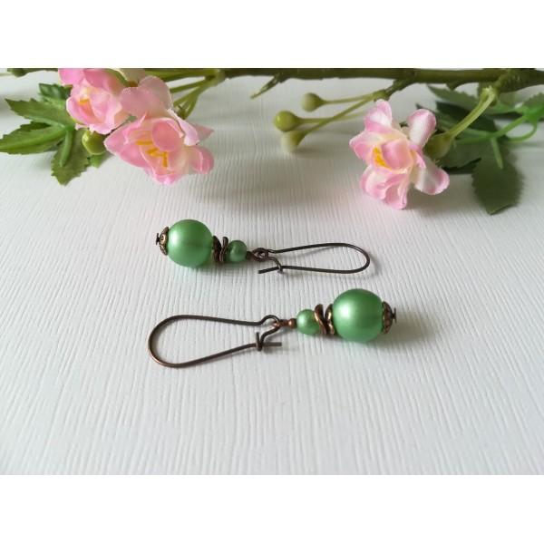 Kit de boucles d'oreilles apprêts cuivre et perles en verre verte claire - Photo n°1