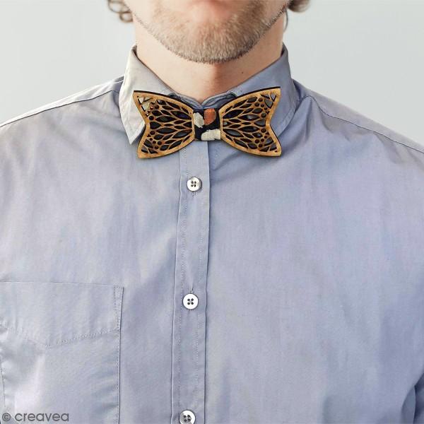 Noeud papillon en bois - Motif géométrique - 11,5 x 5,8 cm - Photo n°2