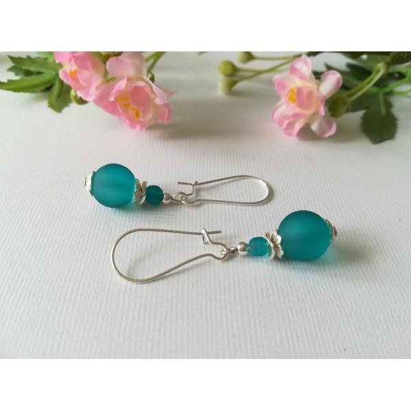 Kit de boucles d'oreilles apprêts argentés et perles en verre turquoise - Photo n°1