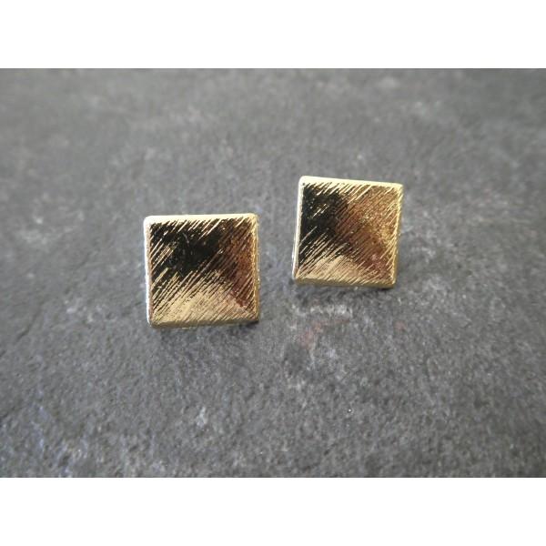Paire boucles d'oreilles puce losange / carré avec boucle - 17*17mm - doré aspect strié - Photo n°1