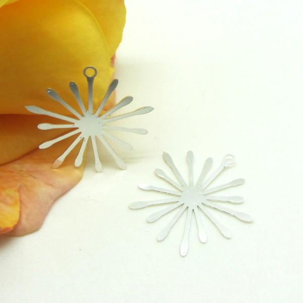 2 Pendentifs Fins Soleil Rayons Métal Argenté, Style Art Déco, 22 mm - Photo n°1
