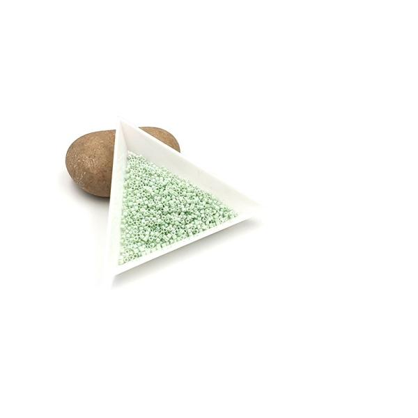 5 Grammes De Perles Miyuki Delica 11/0 Opaque Light Mint Ab Db1506 - Photo n°1