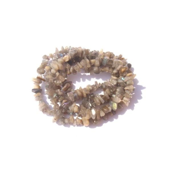 Labradorite grise multicolore : 50 chips 4/7 MM de diamètre environ - Photo n°1
