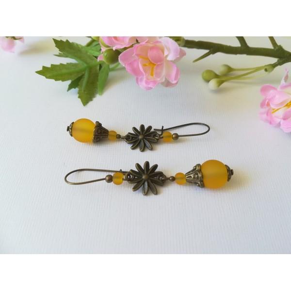 Kit boucles d'oreilles connecteur bronze et perles en verre jaune orangé - Photo n°1