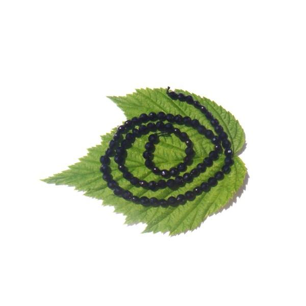 Spinelle Noir ( Thaïlande ) : 10 MINI médaillons facettés 4 MM de diamètre environ - Photo n°1