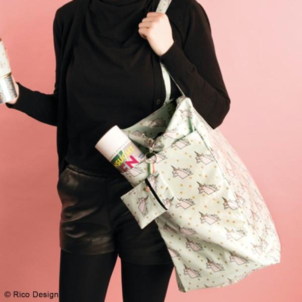Tissu Rico Toile cirée - Cool girls - Fond rose néon - Par 10 cm (sur mesure) - Photo n°3