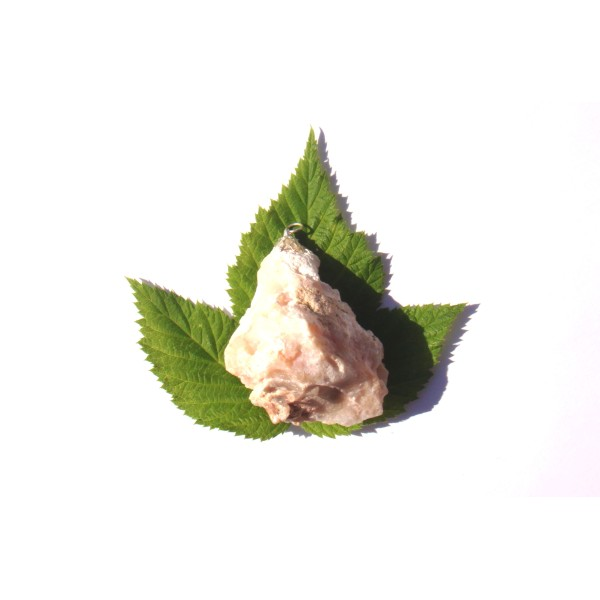 Opale Rose brute : pendentif fait main 5,8 CM de hauteur x 4,5 CM de largeur max - Photo n°3