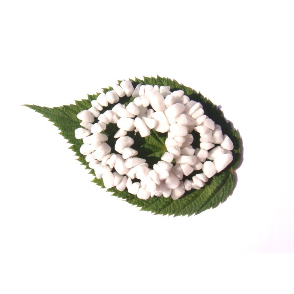 Quartz Blanc ( Neige ) : 50 perles chips 9/13 MM de diamètre environ - Photo n°1