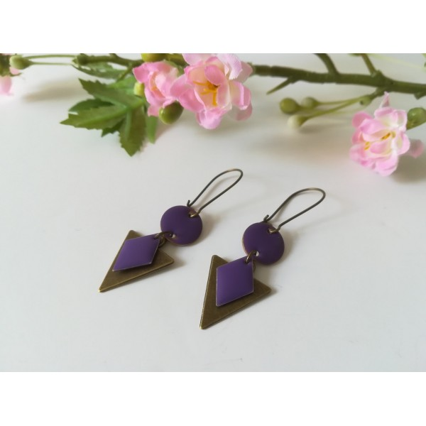Kit de boucles d'oreilles pendentif triangle bronze et sequins émail violet - Photo n°1