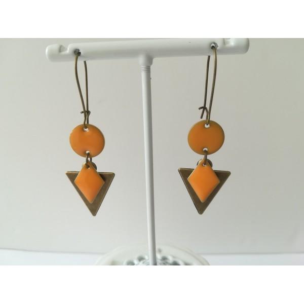 Kit de boucles d'oreilles pendentif triangle bronze et sequins émail orange - Photo n°2