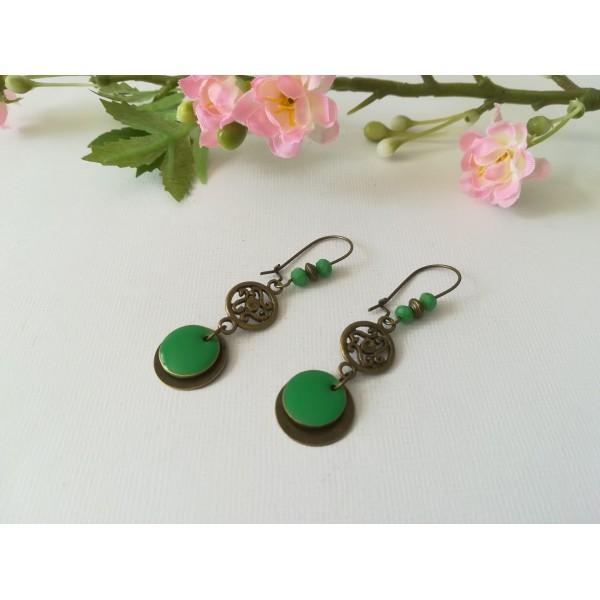 Kit de boucles d'oreilles connecteur bronze et sequin émail vert - Photo n°1