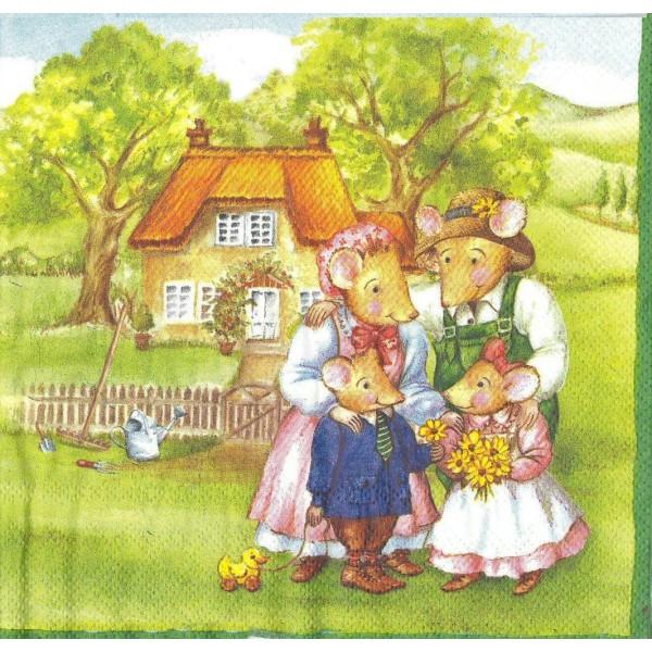 4 Serviettes en papier Famille Mousebergs à la Maison Format Lunch Decoupage Decopatch M-L-0129 IHR - Photo n°1