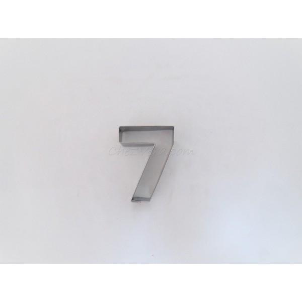 Emporte-pièce Numéro sept - Photo n°1
