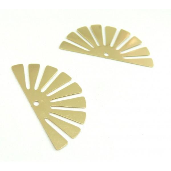 AE11588 Lot de 4 Estampes pendentif filigrane demi Soleil Eventail Doré 18 par 35 mm - Photo n°2