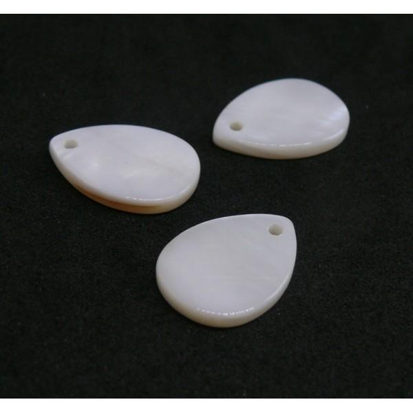 H26303E PAX 20 Pendentifs Nacres Goutte 18mm Blanc Crème - Photo n°1