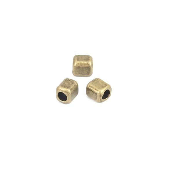 PS110210130 PAX 100 perles intercalaires Cube 4 mm métal couleur Bronze - Photo n°2