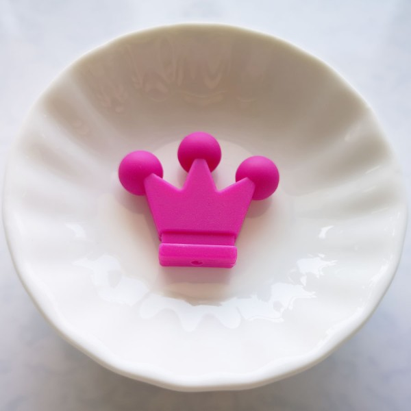 Perle en Silicone Couronne 33mm x 28mm Couleur Fuchsia, Creation Attache Tetine - Photo n°1