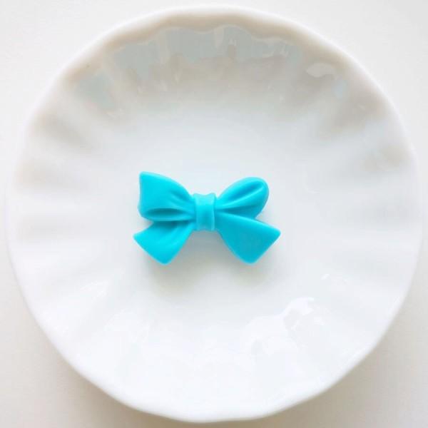 Perle en Silicone Noeud Papillon 27mm x 17mm Bleu , Creation bijoux - Photo n°1