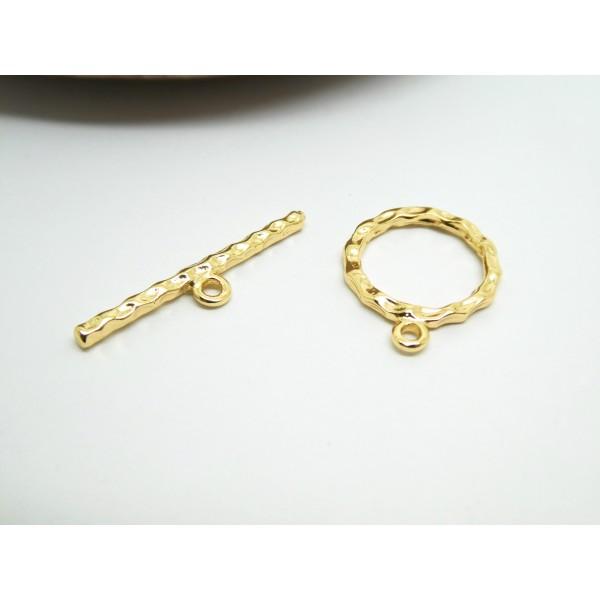 1 Fermoir T Toogle martelé en laiton doré - anneau 15*18mm, barre T 25*5mm - Photo n°1