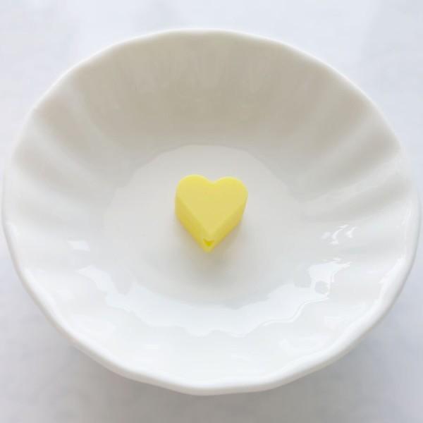 Perle Silicone Petit Coeur Jaune 14mm x 13mm Creation bijoux - Photo n°1