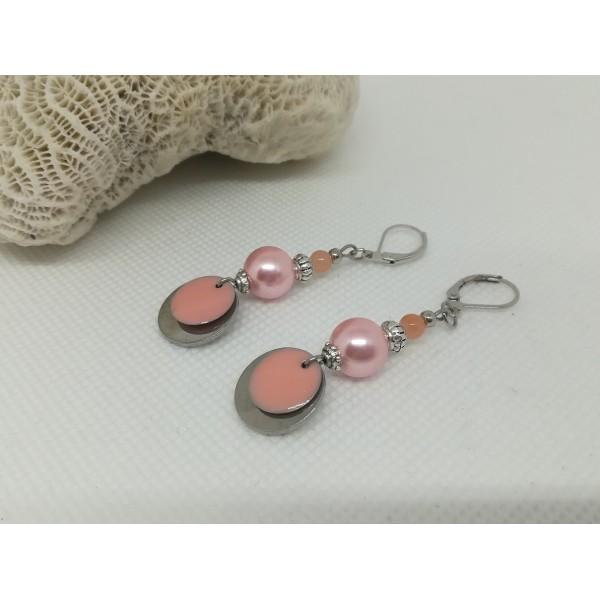 Kit boucles d'oreilles apprêts argent mat et perles en verre rose saumon - Photo n°2