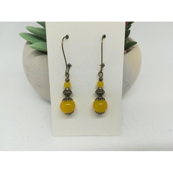 Kit de boucles d'oreilles apprêts bronze et perles en verre moutarde imitation jade - Photo n°3