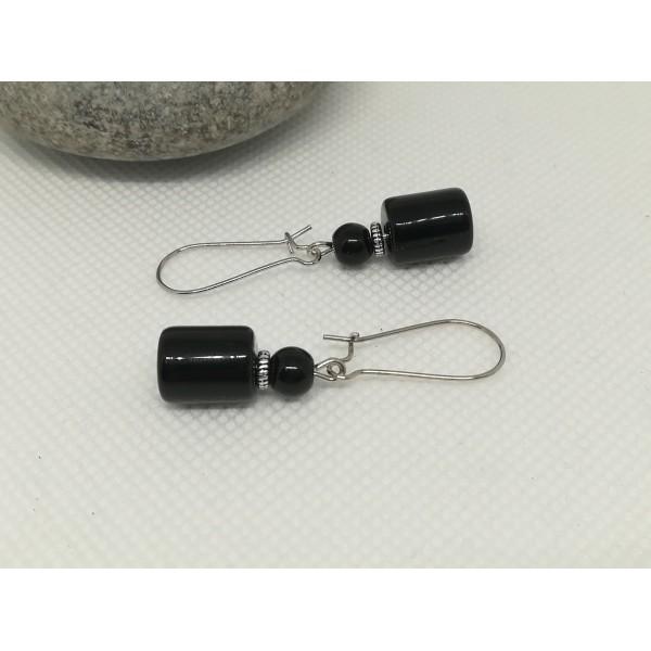 Kit boucles d'oreilles perles tube noire et apprêts argent mat - Photo n°2