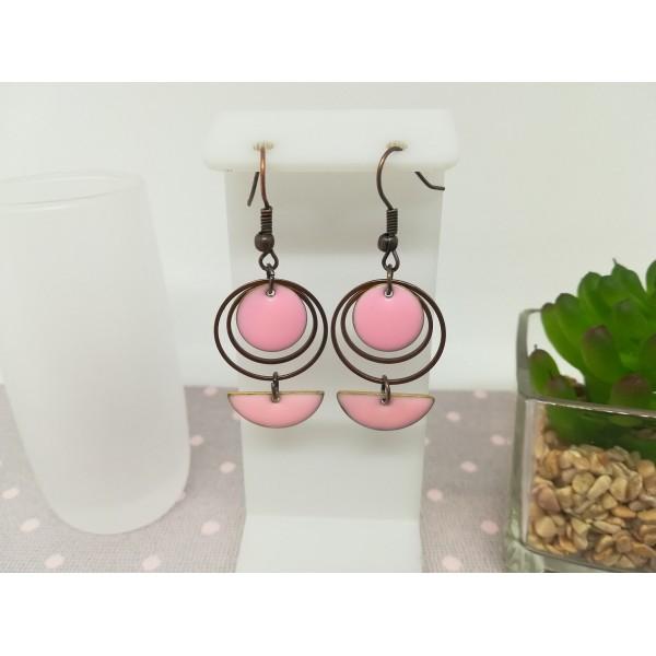 Kit de boucles d'oreilles anneaux fermés cuivre rouge et sequins émail rose - Photo n°1