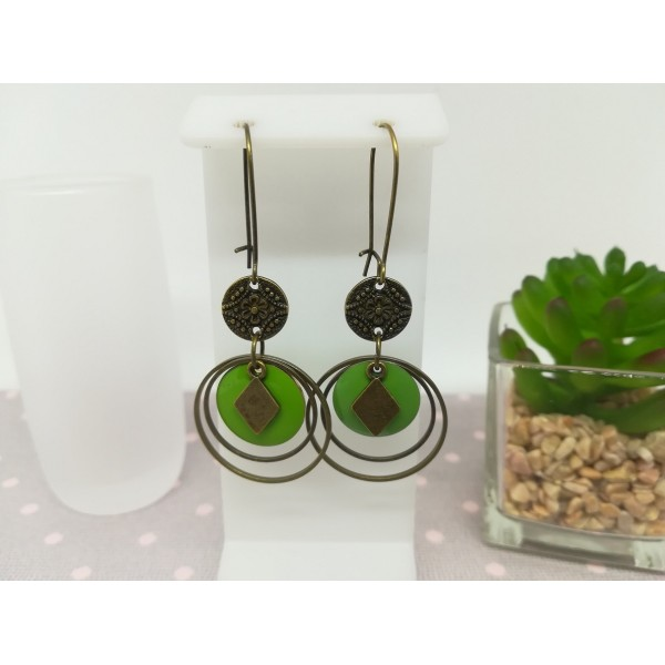 Kit de boucles d'oreilles anneaux fermés bronze et sequin émail vert - Photo n°1