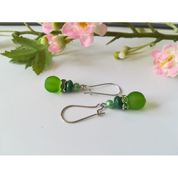 Kit boucles d'oreilles 3 perles ton vert et rondelle strass - Photo n°2