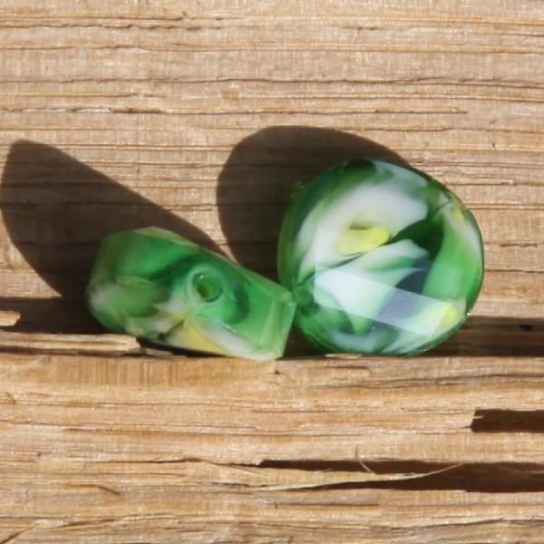 Lot de 2 perles en verre vertes, 12 mm - Photo n°1